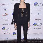 Bella Hadid joining her big Sister Gigi Victorias Fashion Show