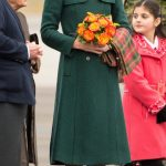 duchess stunned in a tailored emerald green Hobbs coat