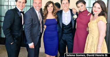 Selena Gomez Gushes over David Henrie Wedding Pics