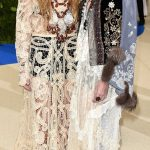 MARY KATE AND ASHLEY OLSEN 2017 Met Gala Red Carpet
