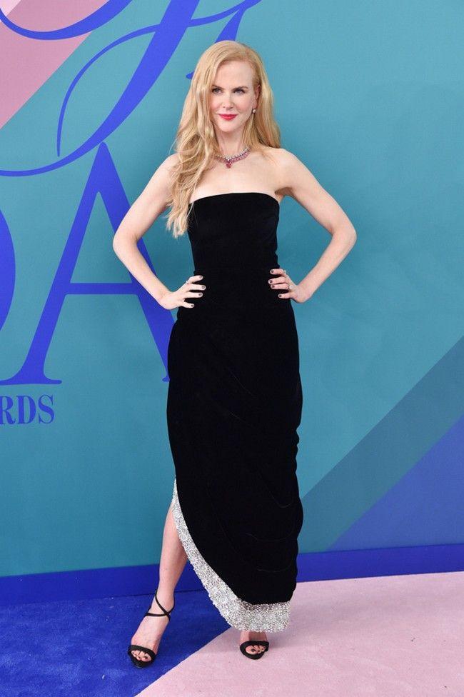 Nicole Kidman CFDA Awards Red Carpet 2017 Photos