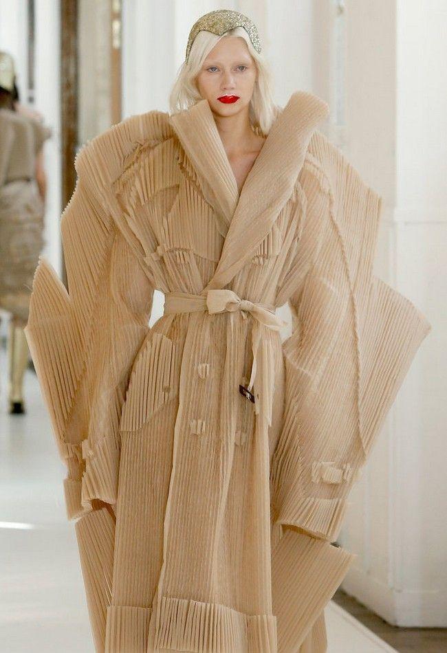 Maison margiela paris haute couture week fashion tubes for Maison margiela paris