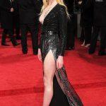Sophie Turner Hot Sexiest Pose