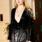 Sophie Turner Hot Sexiest Pose