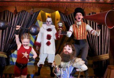 Burtka Harris Family in Halloween Costumes 2017