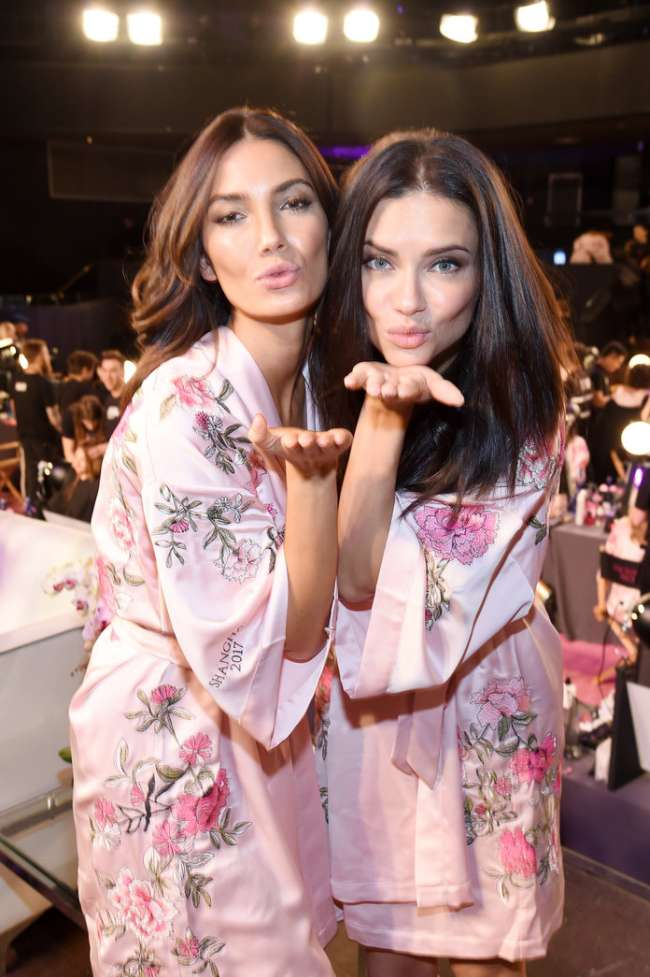Lily Aldridge & Adriana Lima Backstage at VSFS 2017