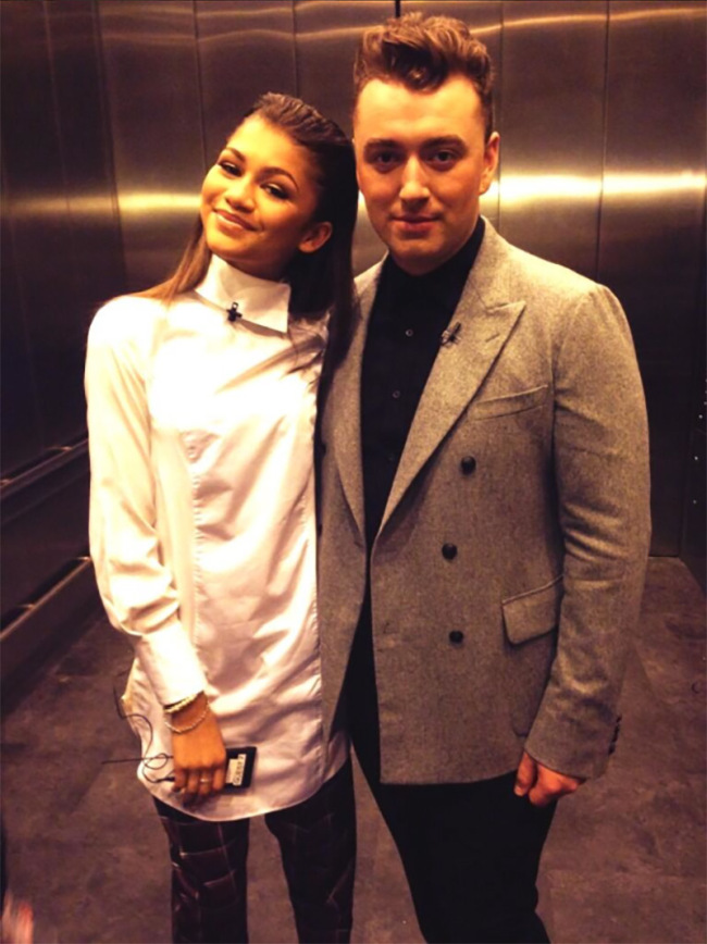 Zendaya & Sam Smith Looking Hot In Elevator Selfies