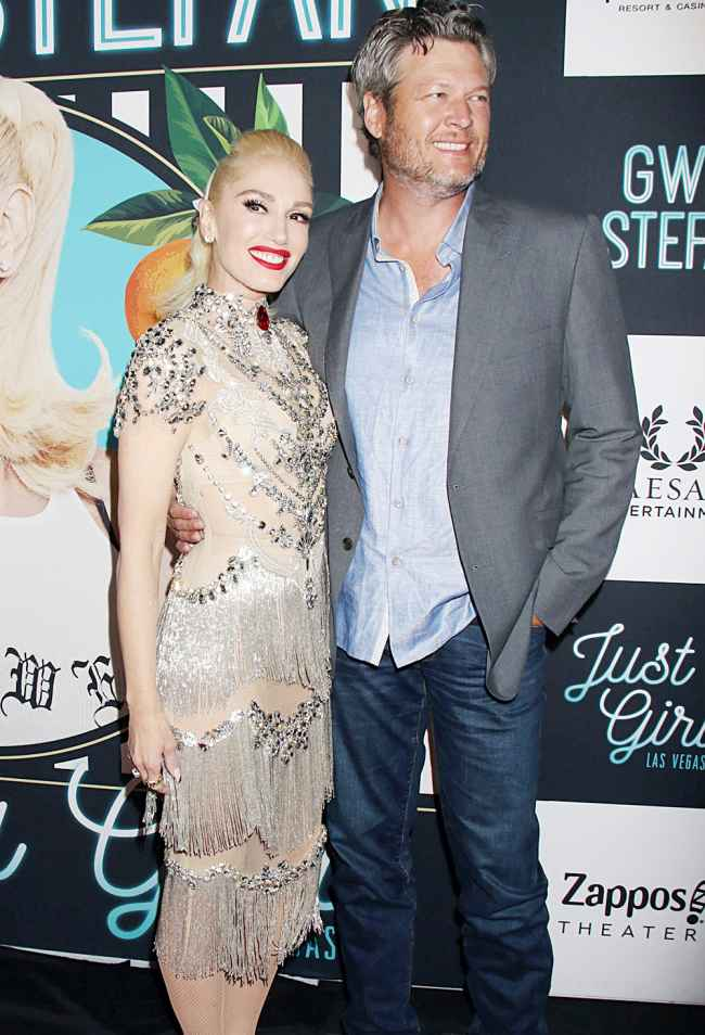 Blake Shelton and Gwen Stephen Best Couple Moments