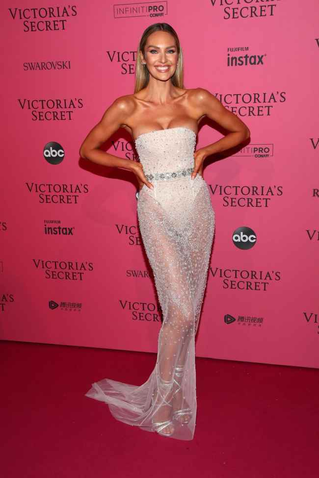 Candice Swanepoel at Victoria Secret Fashion Show