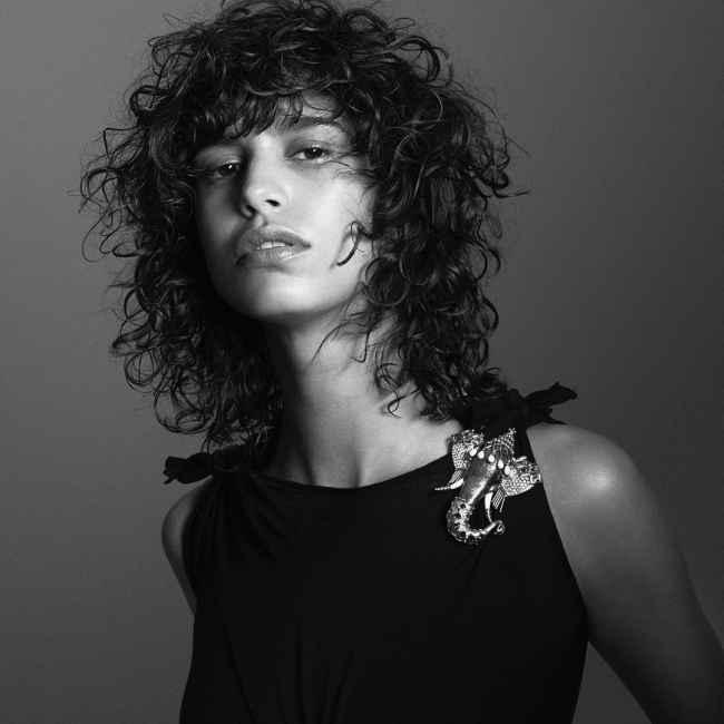 Mica Argañaraz Shaggy Curl Cut